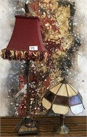 11 - LOT OF 2 TABLE LAMPS