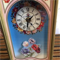 11 - BEAUTIFUL FLOWER TABLE CLOCK