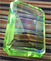 342 - LOT OF 5 GREEN CRYSTAL PAPERWEIGHTS (C)