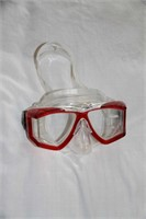SCUBA DIVING GOGGLES, NEVER USED, $38 US