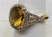 14KT YELLOW GOLD CITRINE AND DIAMOND RING 4.50 GR