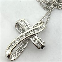 14KT WHITE GOLD .35CTS DIAMOND CROSS WITH CHAIN