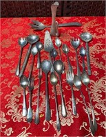 348 - LOT OF SILVERPLATED SPOONS;FORKS & SWAN BUDV