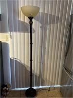 320 - BEAUTIFUL TALL FLOOR LAMP W/GLASS TOP