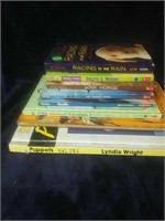 8 book lot all about pets. Good learner books.