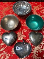 348 - LOT OF SILVERPLATED BOWLS & TRINKET DISHES