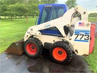 2001 Bobcat Skid Steer Turbo 773, G-Series, AC, diesel eng, 2343.7 hrs, runs good, SN: 519022103.  NOTE: This item will be sold at live auction, however absentee bids can be placed if you are unable to attend the auction. More details, video & pictures can be viewed by clicking the catalog tab and view Lot #1.