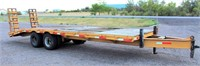 Heavy Duty Equip Flatbed, (2) 10,000 lb axles, 8' x 25', w/dovetail and ramps, floor needs to be replaced, missing a stabilizer jack, NO TITLE.  NOTE: This item will be sold at live auction, however absentee bids can be placed if you are unable to attend the auction. More details & pictures can be viewed by clicking the catalog tab and view Lot #9.