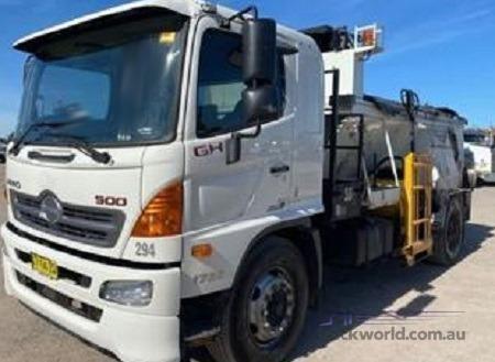 2015 Hino 500 Series 1728 GH Auto - Trucks for Sale