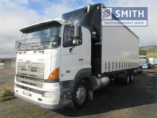 2006 Hino other Smith Truck & Equipment Group  - Trucks for Sale