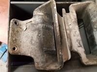 0 Mack 140Qm415m Bonnet Guides - Parts & Accessories for Sale