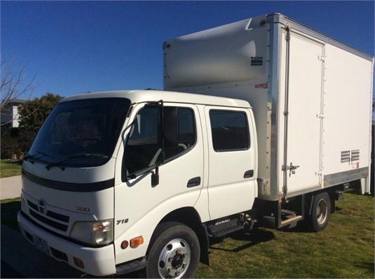 2009 Hino 300 916 - Trucks for Sale