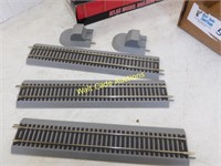 HO Scale Train Extended Vision Caboose and