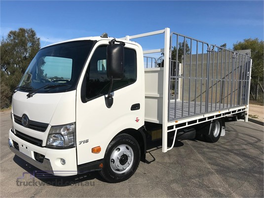2015 Hino other - Trucks for Sale