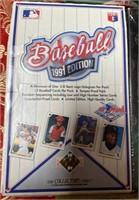 N - LOT OF 4 BOXES OF BASEBALL CARDS (T)