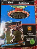 N - LOT OF 4 BOXES OF BASEBALL COLLECTOR CARDS (M)