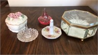 Ring Holders & Trinket Boxes