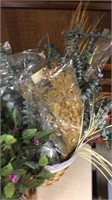 Lot of Dried & Artificial Flowers