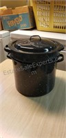 Pot with Strainer