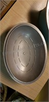 Club Oval Pot with Lid
