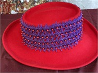 788 - NEW RED HAT W/PURPLE BAND