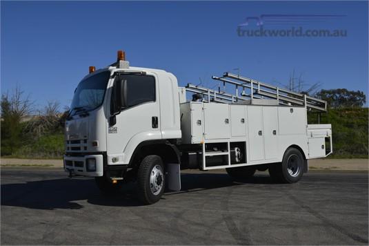 2009 Isuzu FSS 550 4x4 - Trucks for Sale