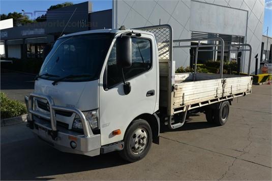 2014 Hino 300 Series 617 - Trucks for Sale