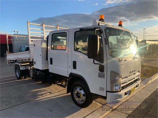 2007 Isuzu NPR 300 Dual Cab - Trucks for Sale