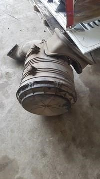0 International 7600 Air Cleaner - Parts & Accessories for Sale