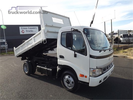 2004 Hino Dutro - Trucks for Sale