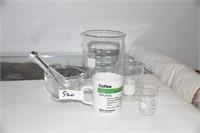 3 MEASURING BEAKERS, MORTAL & PESTLE, COFFEE CUP