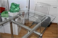 STRUCTUBE EUROPA  EXTENDABLE GLASS TABLE, LIKE NEW
