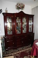 STUNNING LARGE BUFFET WITH HUTCH DISPLAY CABINET