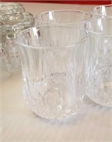CRYSTAL D'ARQUES AND GLASS SHOT GLASSES, 13 TOTAL
