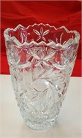 "BEAUTIFUL, HEAVY GLASS SAW-TOOTH VASE 10"" h"