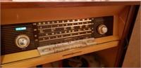 VINTAGE RARE STEREO RADIO TURNTABLE CABINET