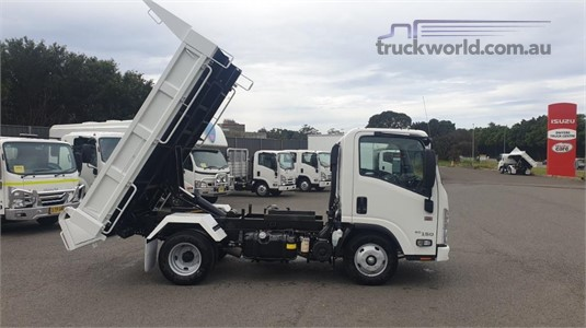 2020 Isuzu other - Trucks for Sale