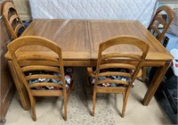 714 - BEAUTIFUL WOOD TABLE W/4 PADDED CHAIRS