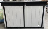 NEW KETER PATIO STORAGE UNIT - SEE PICS FOR COND.
