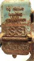Vintage shallow well house water pump