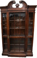 August 26th Estate Furniture & Collectible Auction