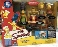 34 - LOT OF 2 BOX SETS OF THE SIMPSONS TOYS