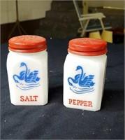Rare vintage salt & pepper shakers