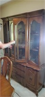 Beautiful china cabinet approx 62 inches wide x