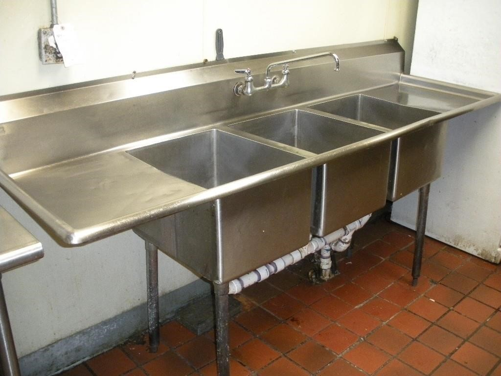 S S Triple Bowl Sink W Faucets Bill Anderson Auctioneers Llc