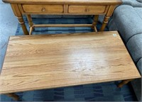 LOT OF WOOD COFFEE TABLE & ACCENT TABLE W/2 DRAWER