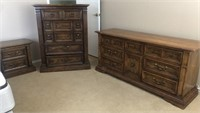 KING MAT/BOX W/NIGHTSTAND;LONG DRESSER & CHEST
