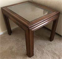 36 - WOOD & GLASS SQUARE SIDE TABLE