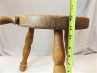 Vintage 3-Leg Milk Stool