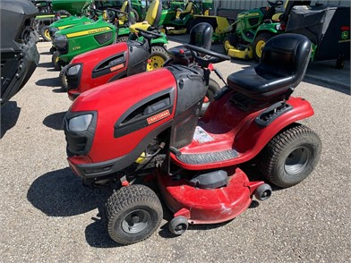 Craftsman Yt3000 For Sale 1 Listings Tractorhouse Com Page 1 Of 1